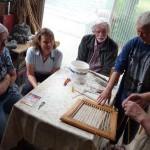 2015-06-06_Stuehle-arbeiten-00008